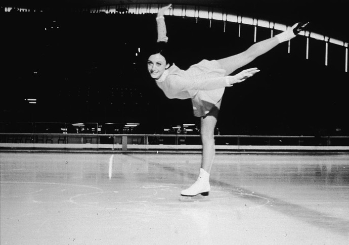 In 1968, U.S. Figure Skater Peggy Fleming Won Americau0027s Only Gold Medal Of  The Winter Olympic Games In Grenoble, France. (Photo By Hulton  Archive/Getty ...