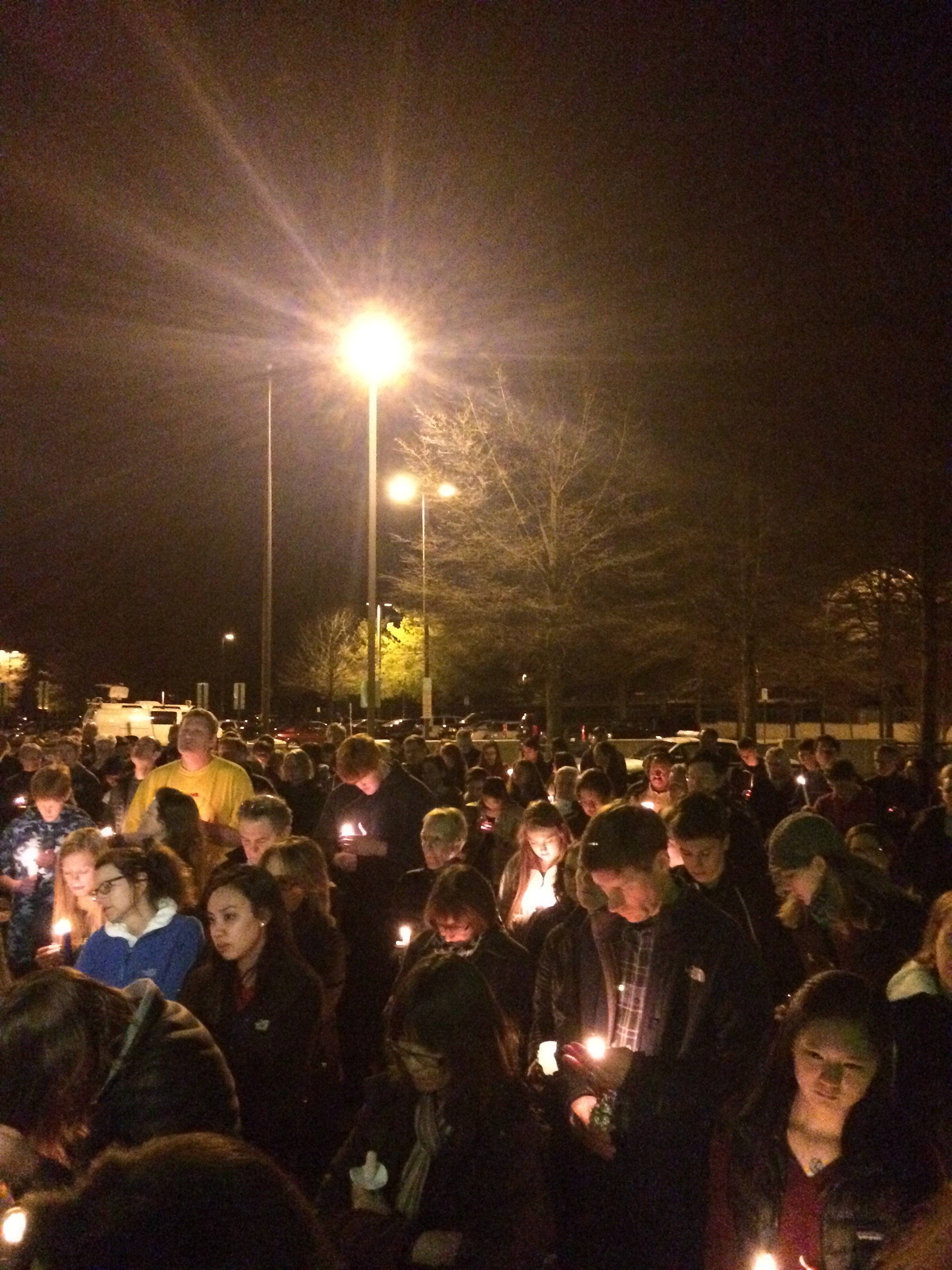Tearful vigil held for 3 family members killed in Md. crash