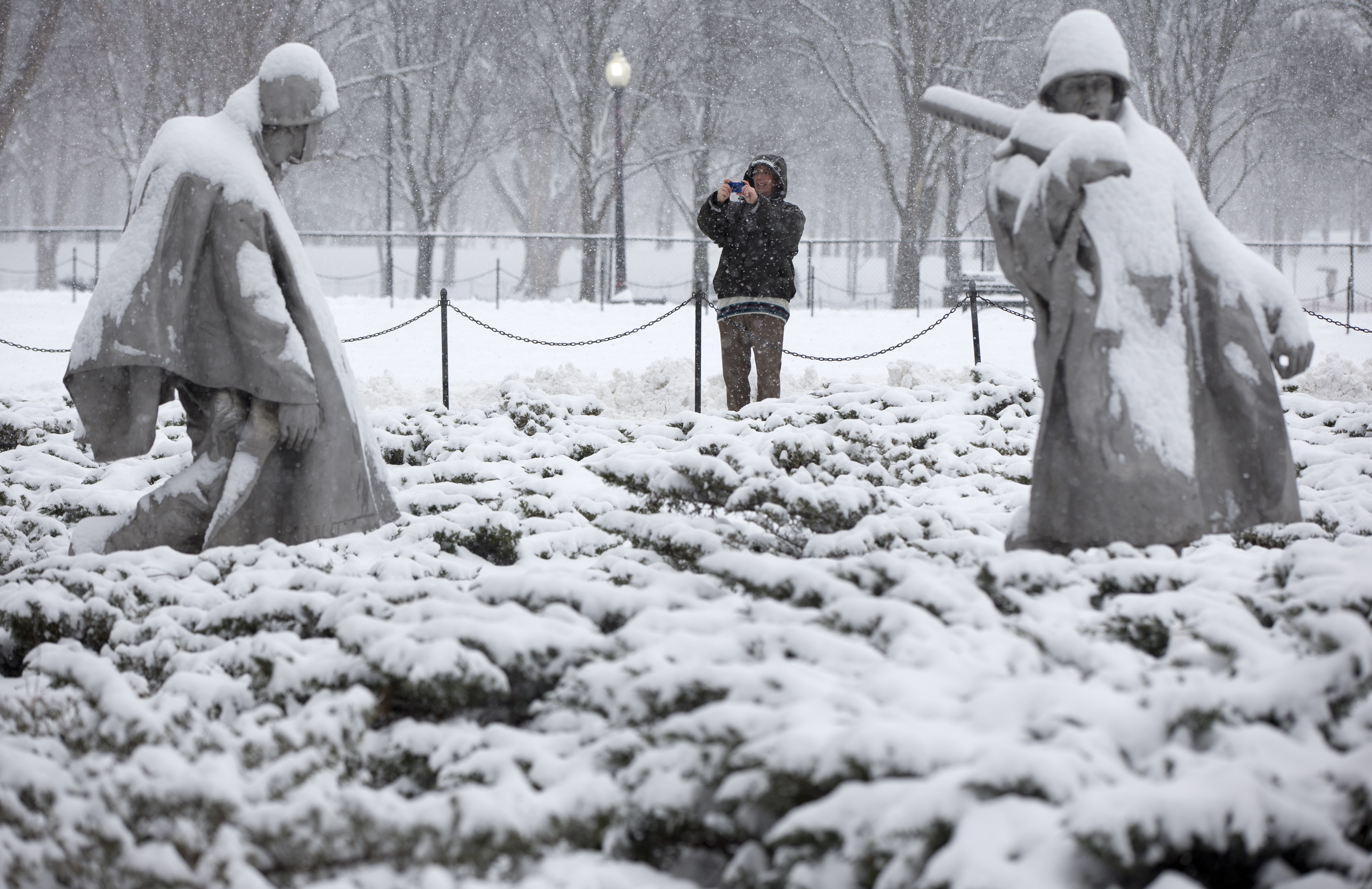 From spring to snow in a day? Winter returns to DC area