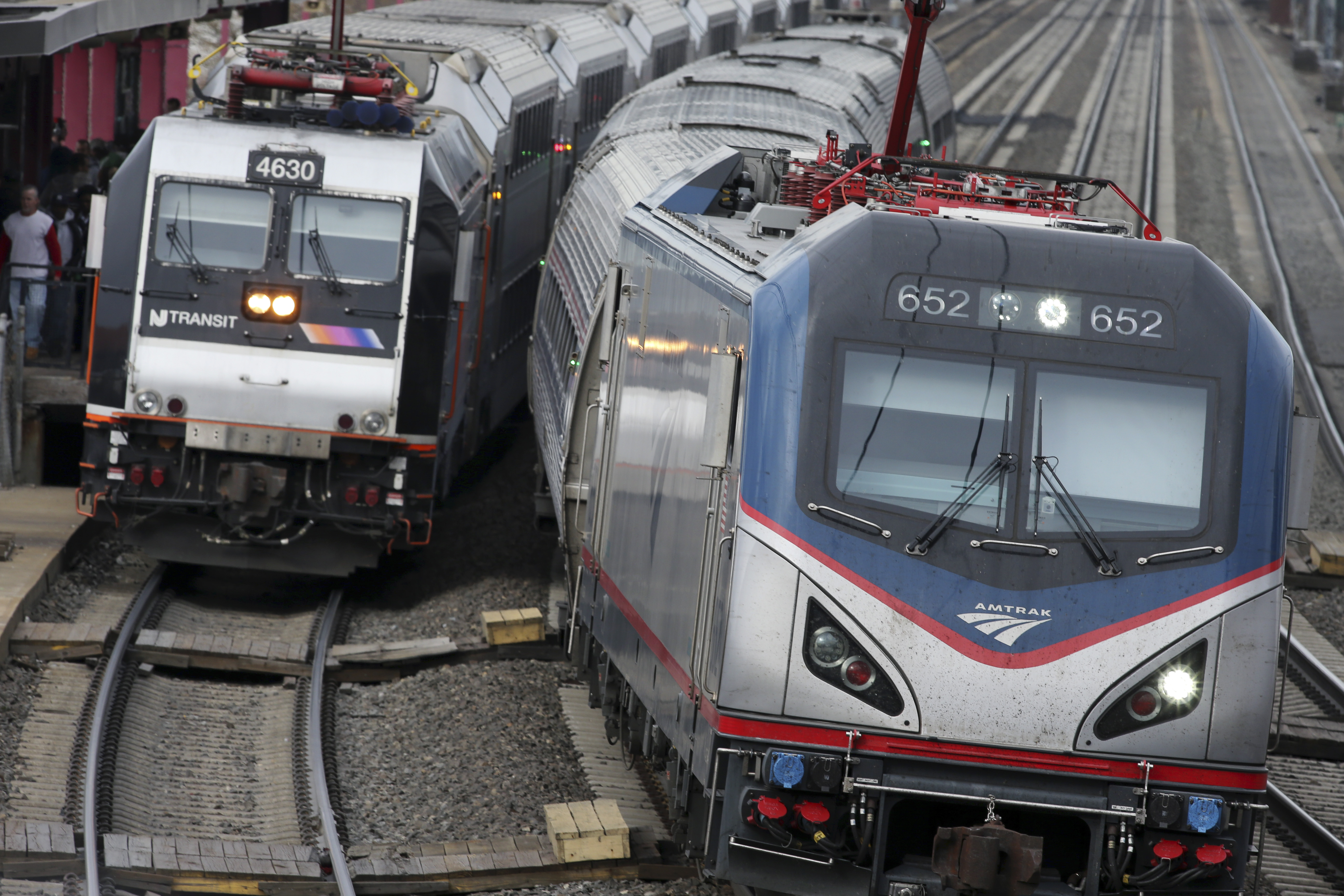 Amtrak deploys extra officers after Brussels bombings