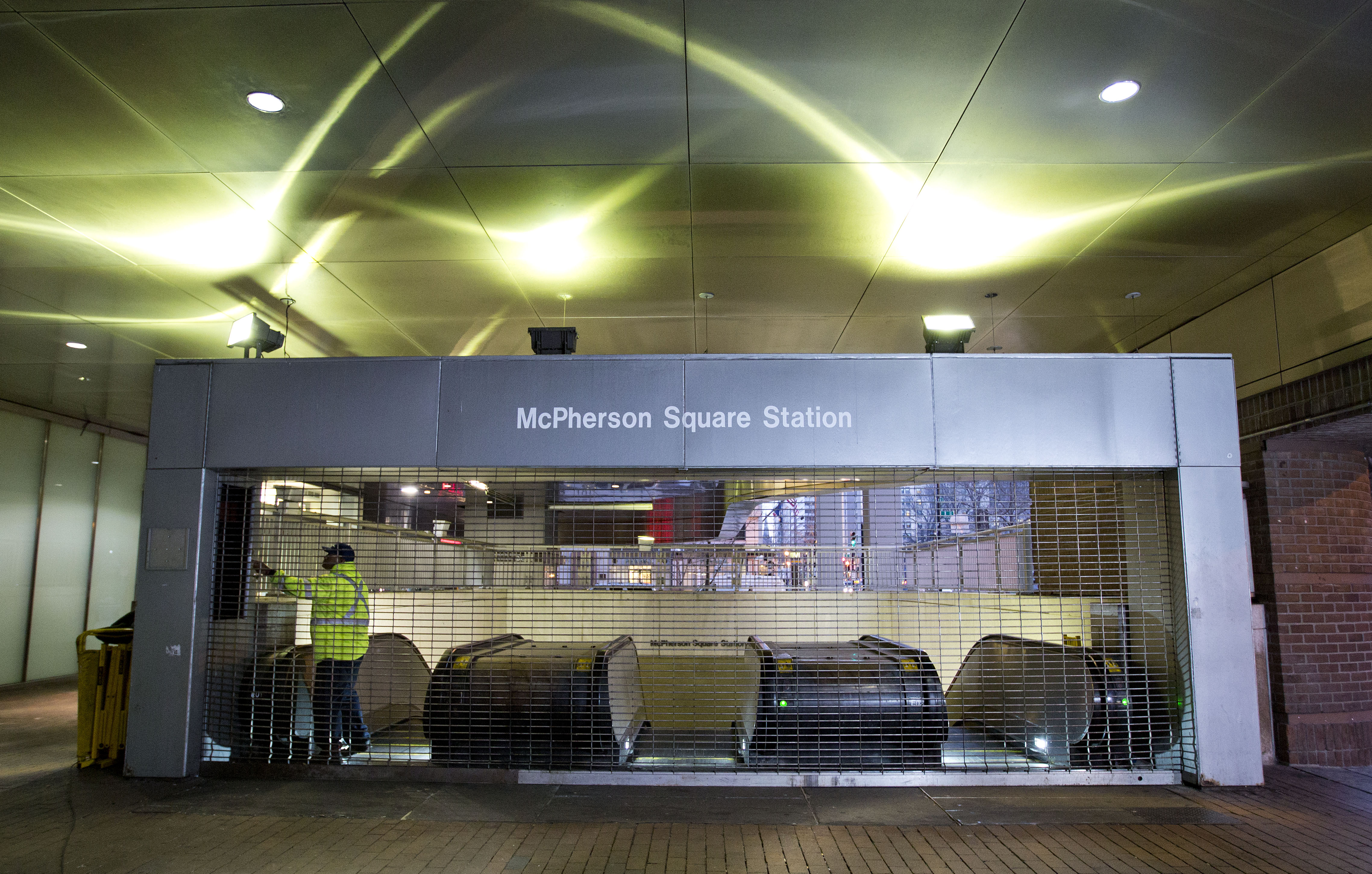 Local transit agencies feel costs of Metro shutdown