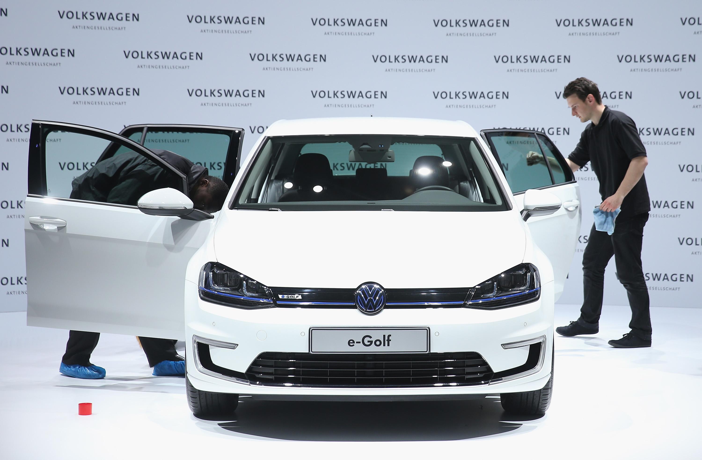 Volkswagen recalls e-Golfs for battery software problem