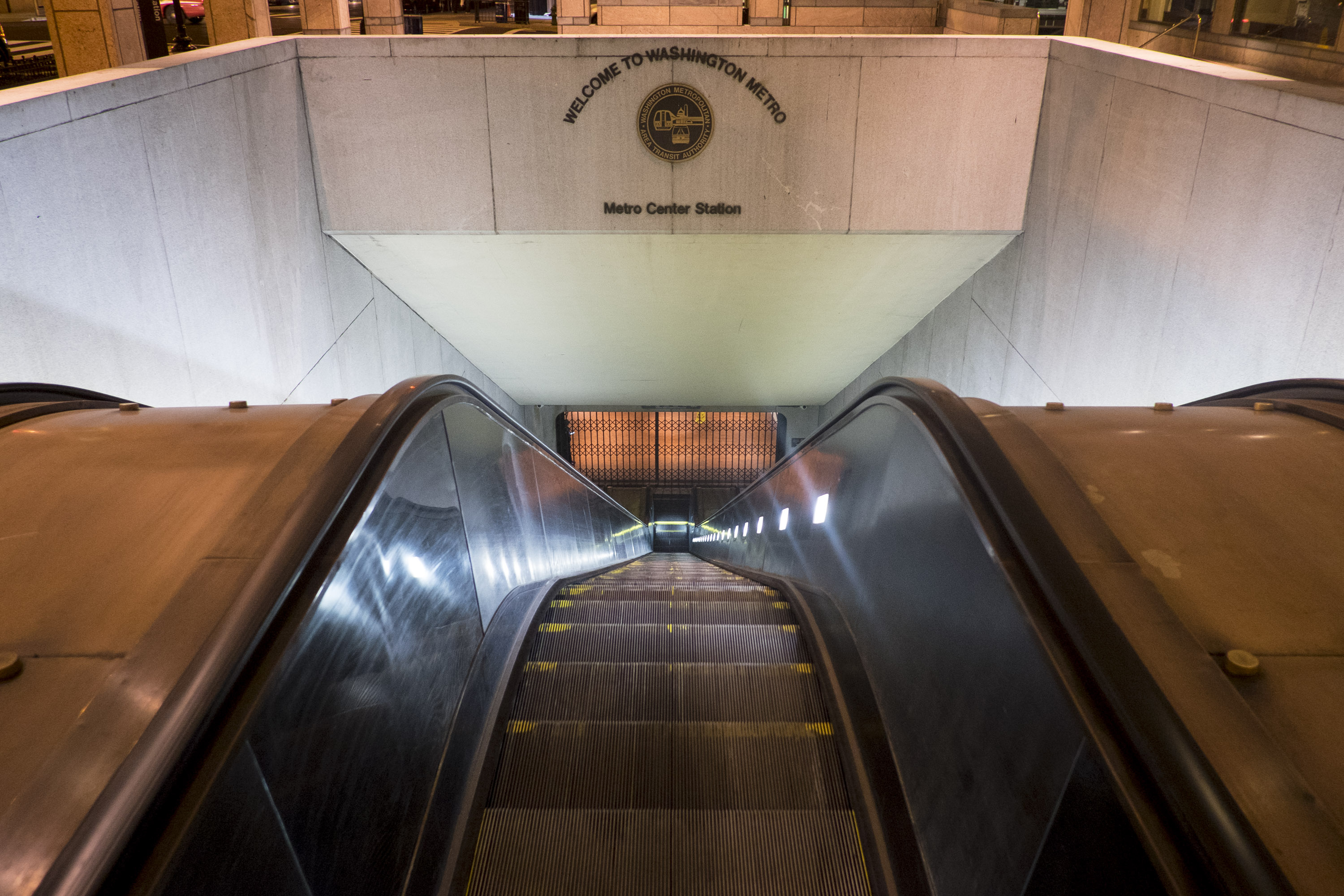 Metro set to vote on expanding food and drink sales inside stations