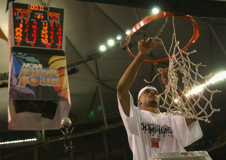Maryland great Juan Dixon looks back to 2002, ahead to Kansas