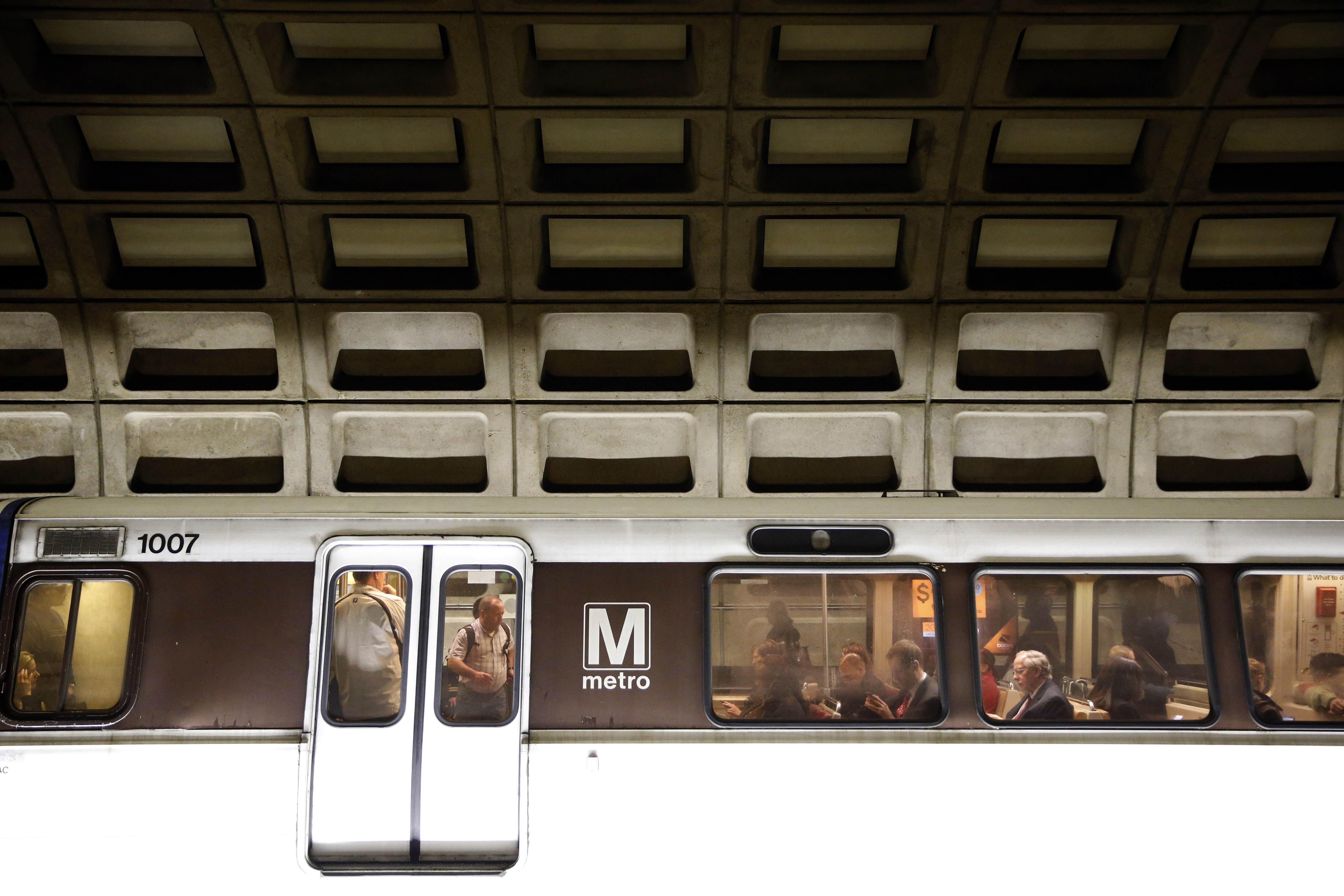 Metro safety, delays challenged at congressional hearing