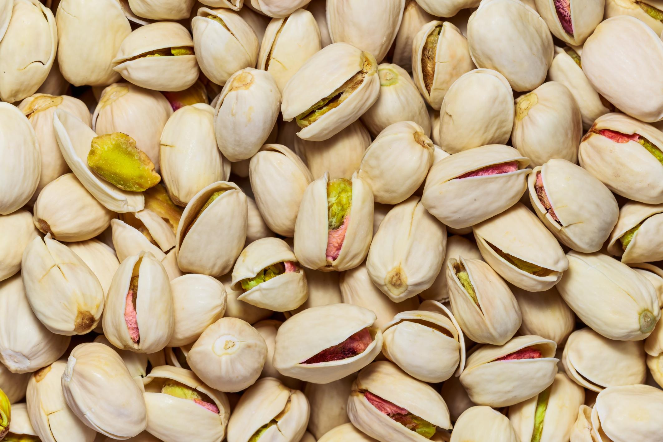 10 surprising facts about pistachios
