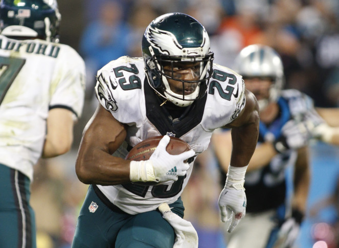 Tennessee Titans trade for former National Football League rushing leader