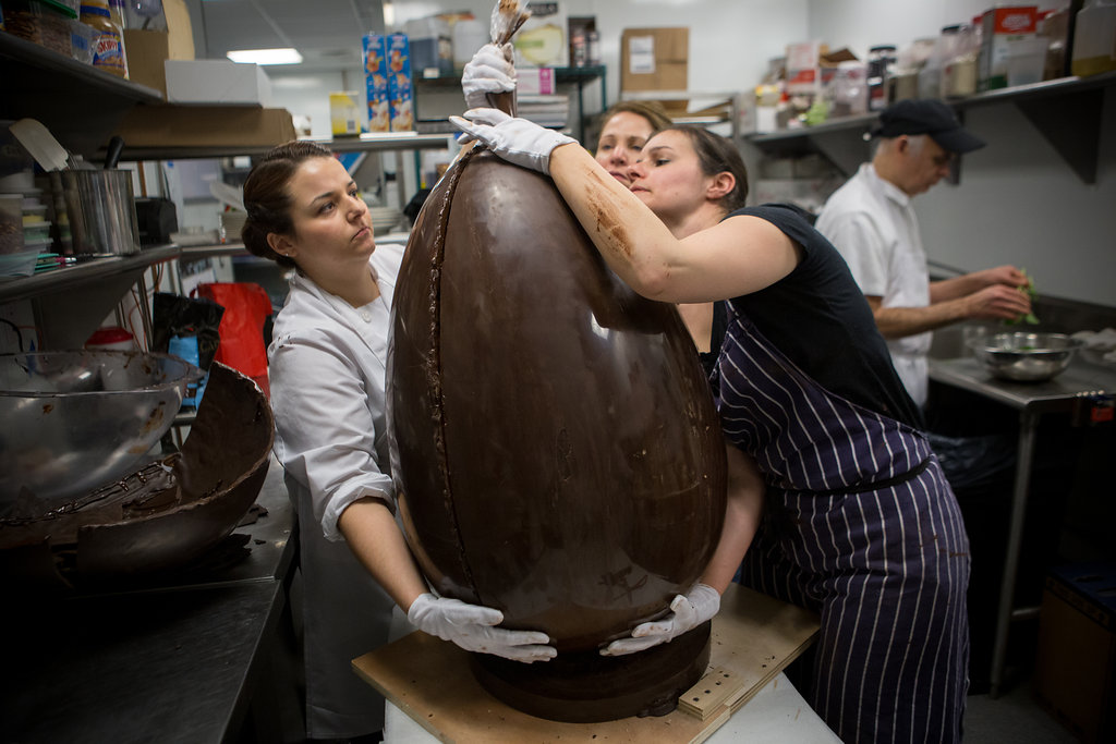 Photos: 50-pound chocolate egg hatched for Easter