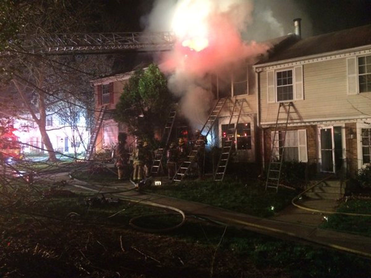 1 dead in fire at Montgomery Co. town house