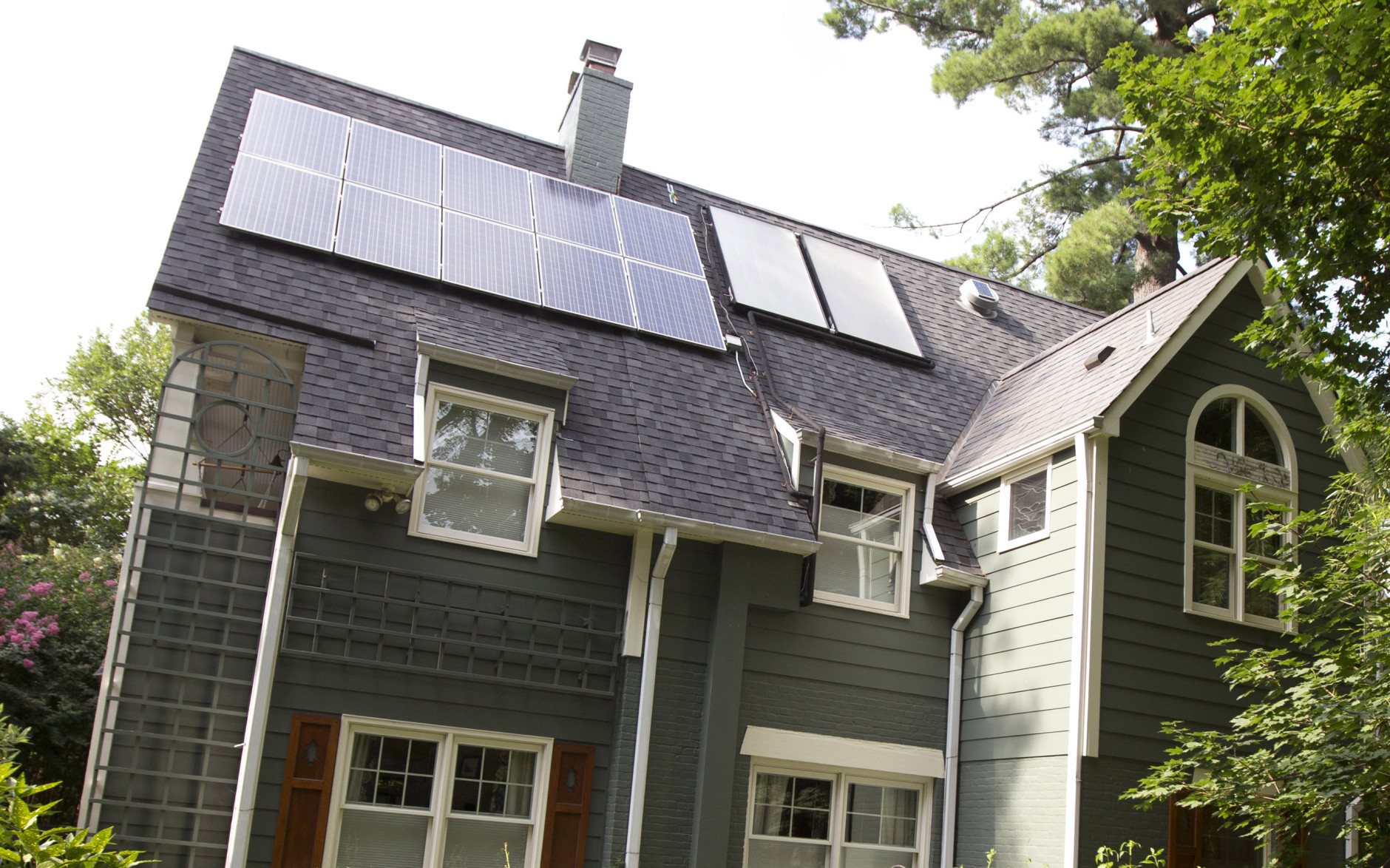 Some Md. Power Customers Eligible For Free Solar Energy Installation | WTOP