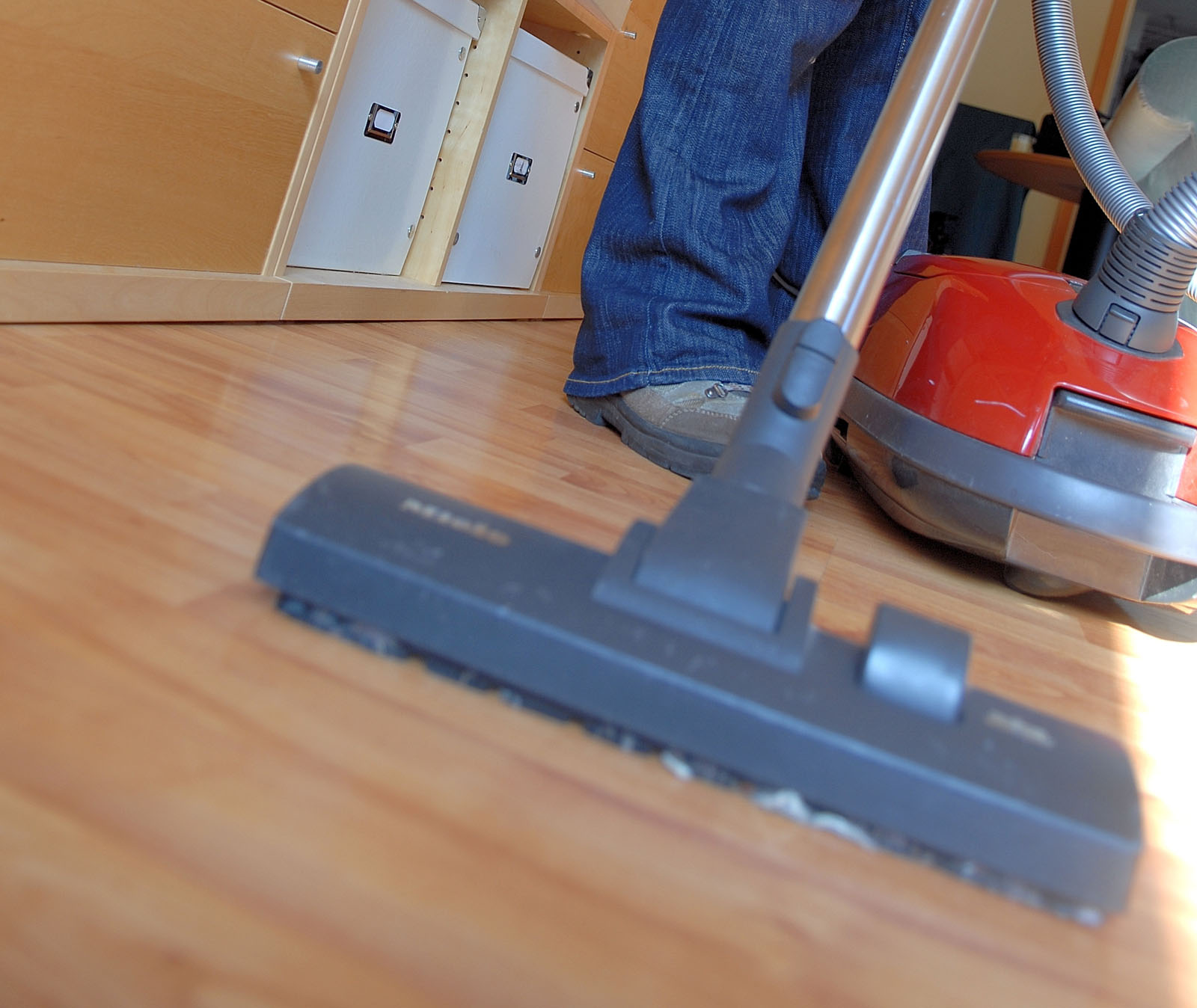 Need a clean home? How to save time and money this spring