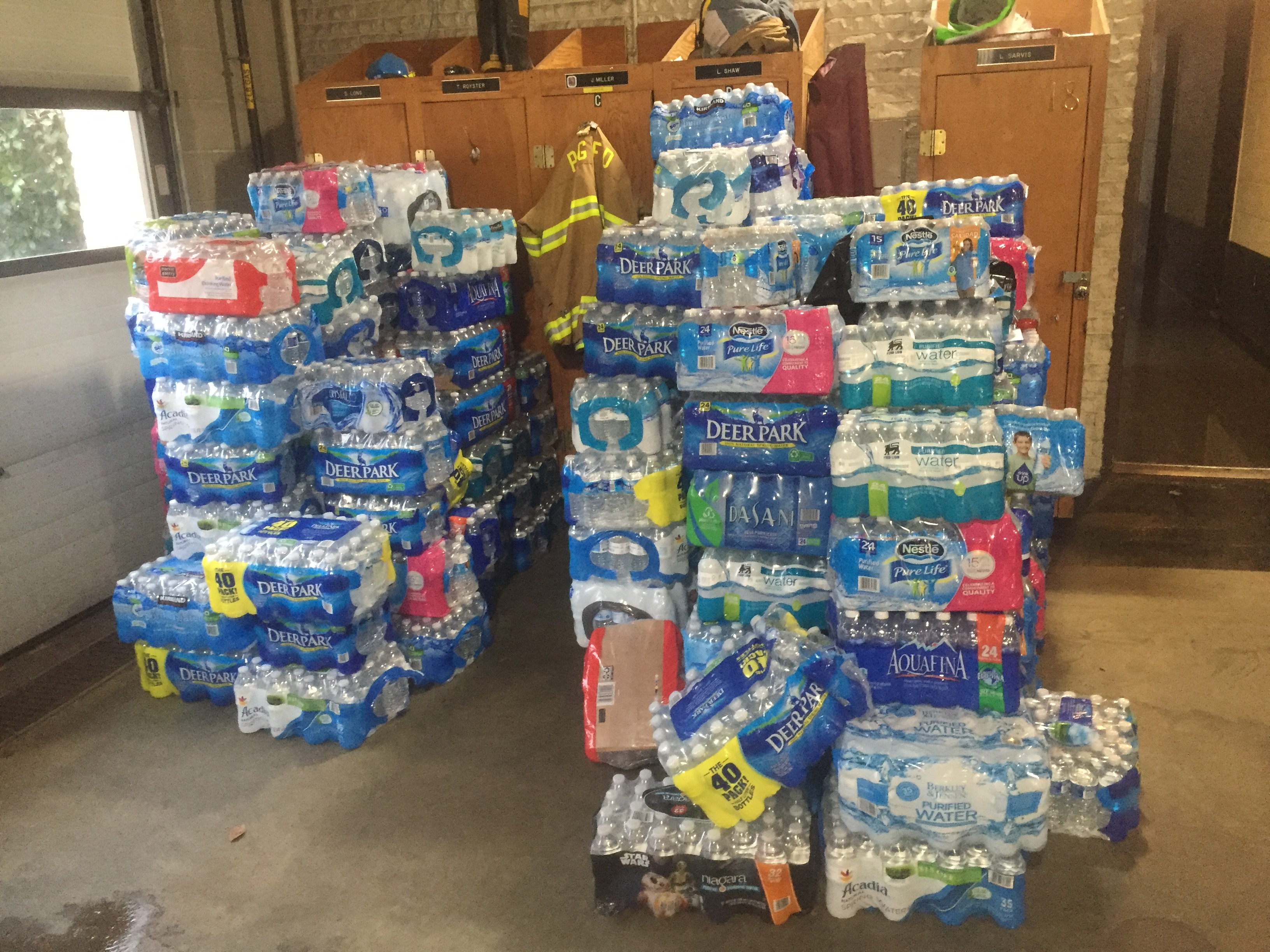 Prince George's Co. fire departments collecting water for Flint
