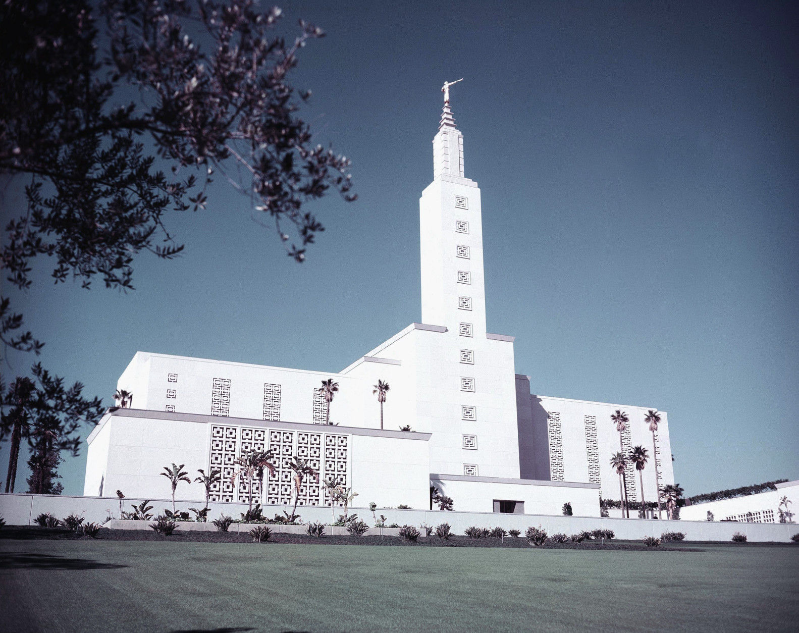 Temple of Church of Jesus Christ of the Latter Day Saints in West Los Angeles, California on February 10, 1956.    At the time of the church's dedication ceremony on March 11, 1956 this is suppose one of the largest temple's operated by the Mormon church.  The Los Angeles Califnoria Temple is located on Santa Monica Boulevard in the Westwood district of Los Angeles.  (AP Photo/Hal Filan)