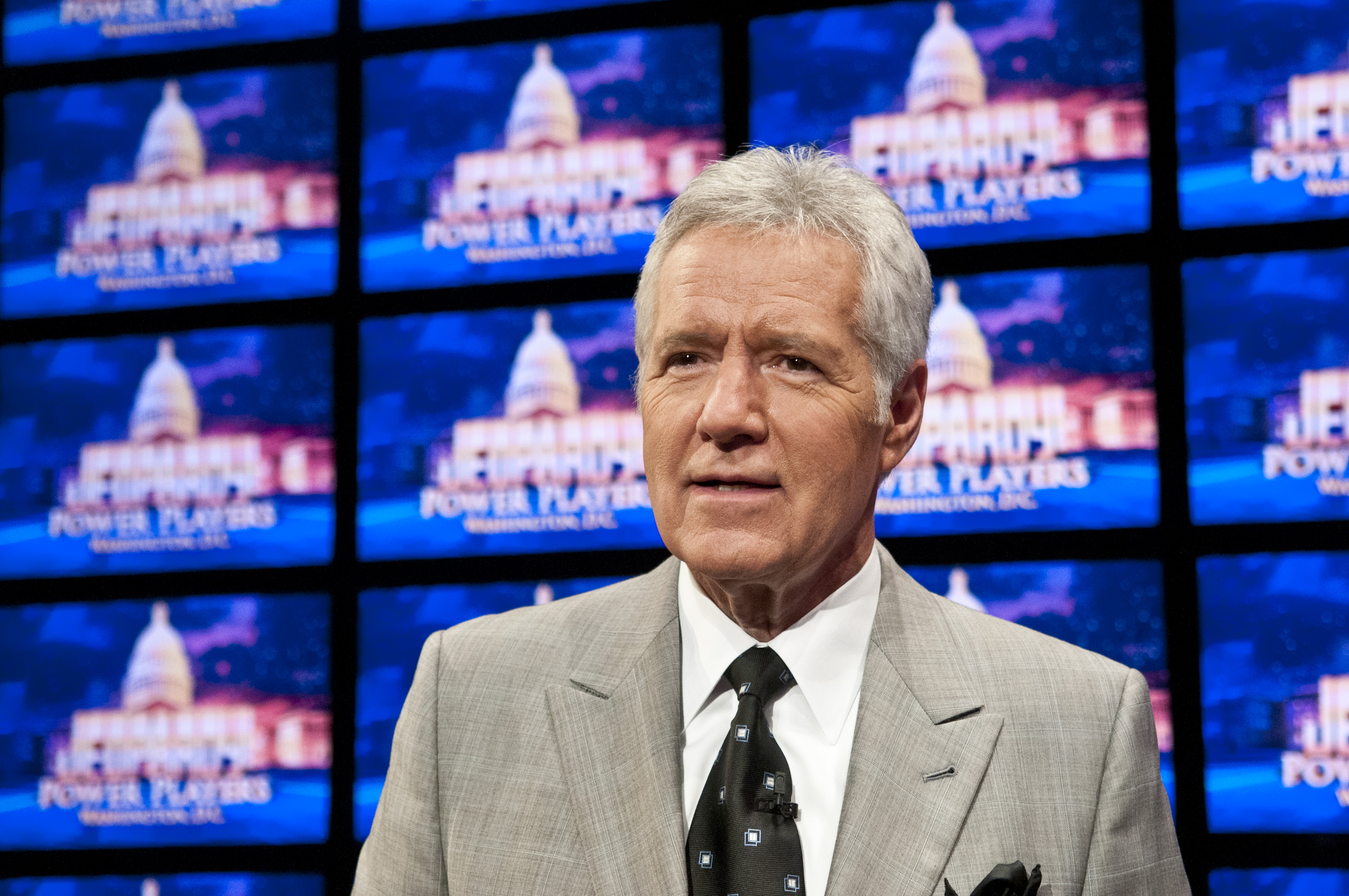 'Jeopardy!' host Alex Trebek thanks supporters following cancer announcement