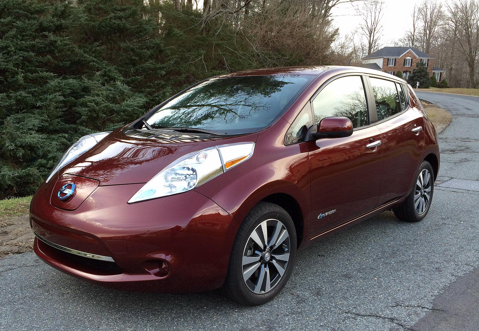 Larger battery gives drivers room to range in distinctive Nissan Leaf SV