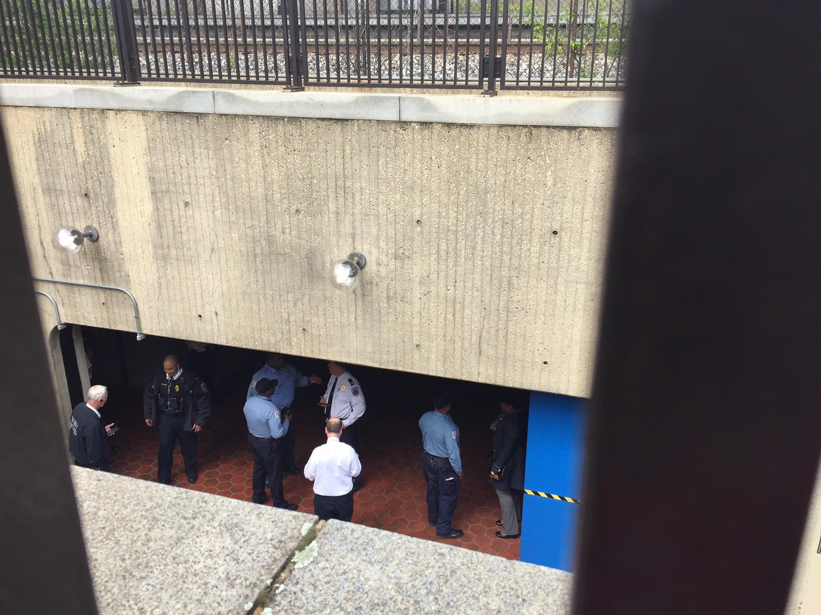 Police seek person of interest in Deanwood Metro stabbing