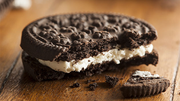 For Hydrox cookie, Trump's anti-Oreo comments mean more dough