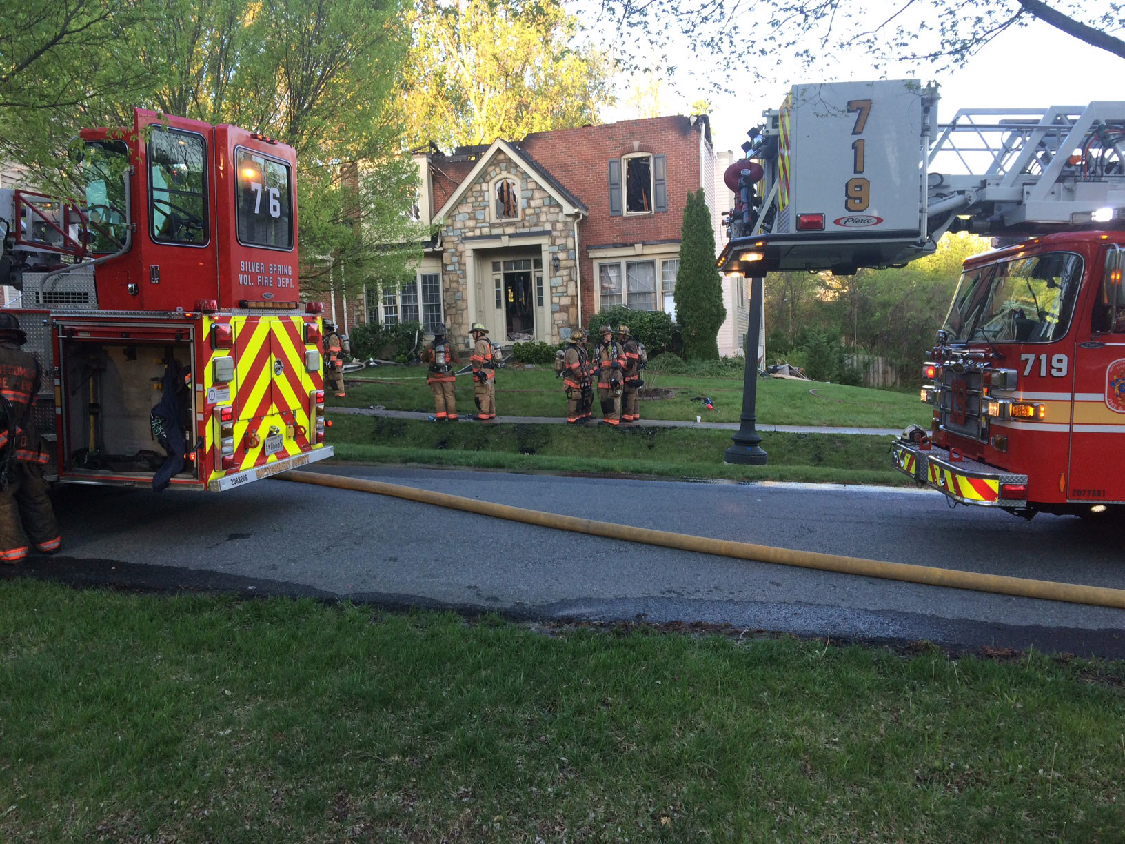 85 firefighters battle intense Silver Spring house fire