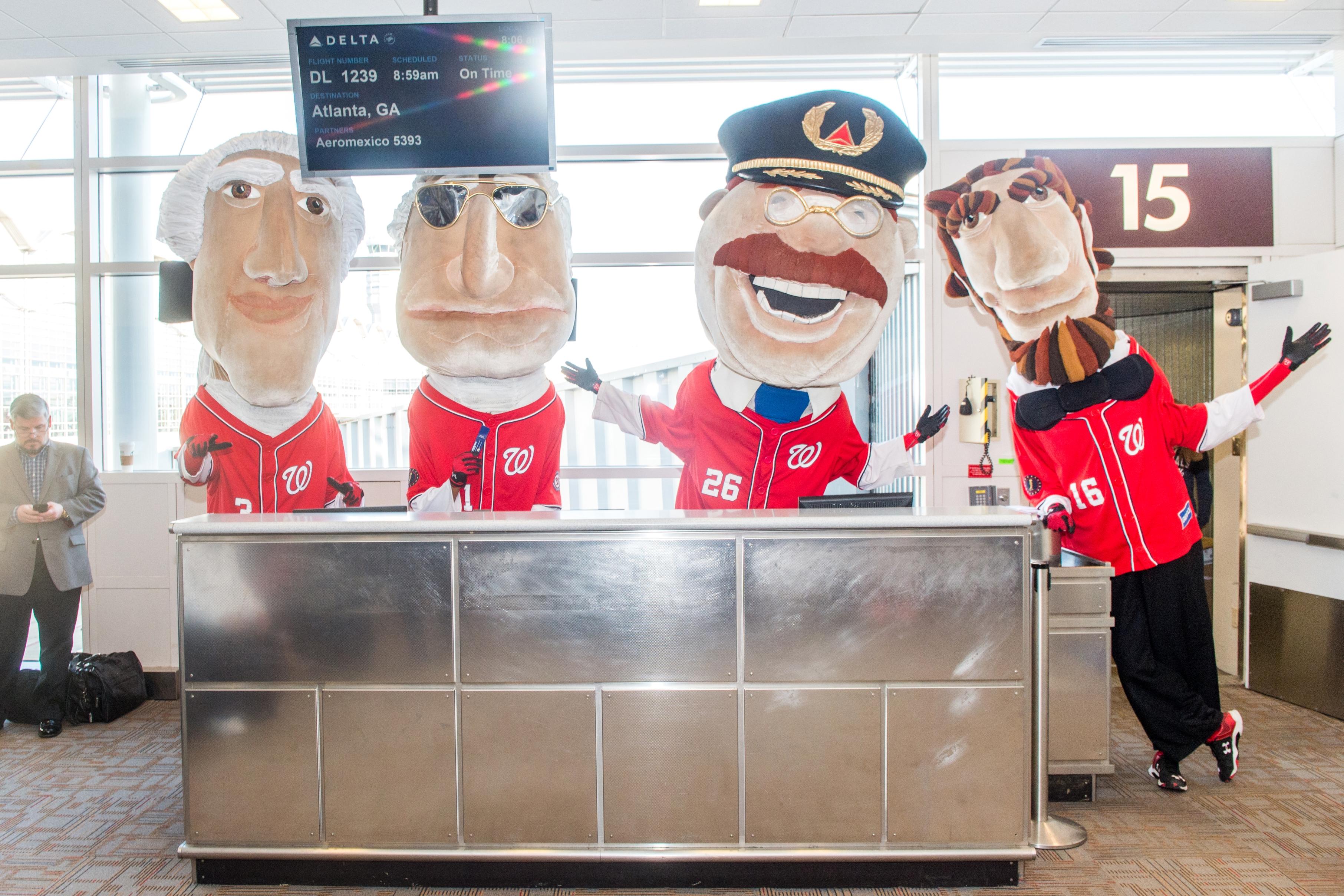 Racing Presidents appear at Reagan National Airport