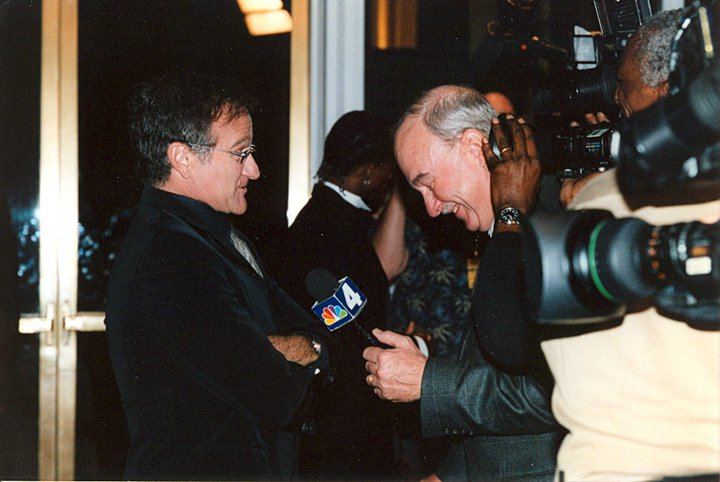 Arch Campbell interviews Robin Wlliams. (Courtesy Arch Campbell)