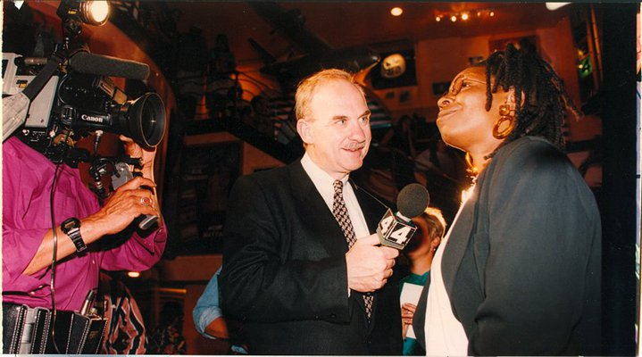 Arch Campbell interviews Whoopi Goldberg. (Courtesy Arch Campbell)