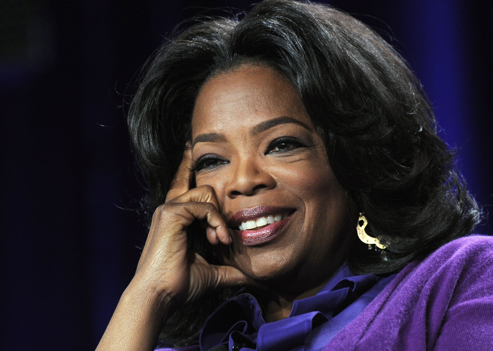 Oprah donates $1 million to DC women's charity