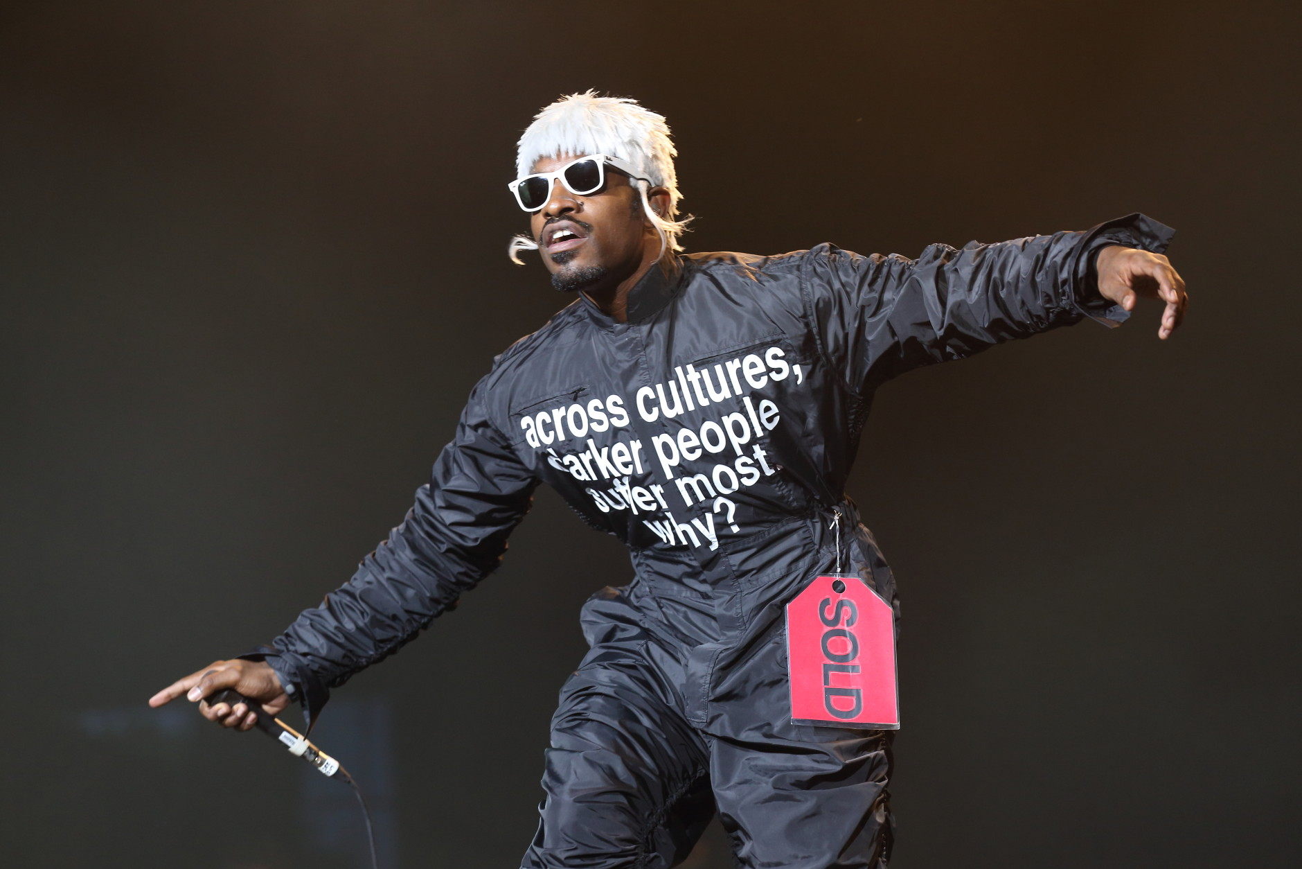 Andre 3000 of Outkast perform at Lollapalooza in Chicago's Grant Park on Saturday, Aug. 2, 2014. (Photo by Steve C.  Mitchell/Invision/AP)