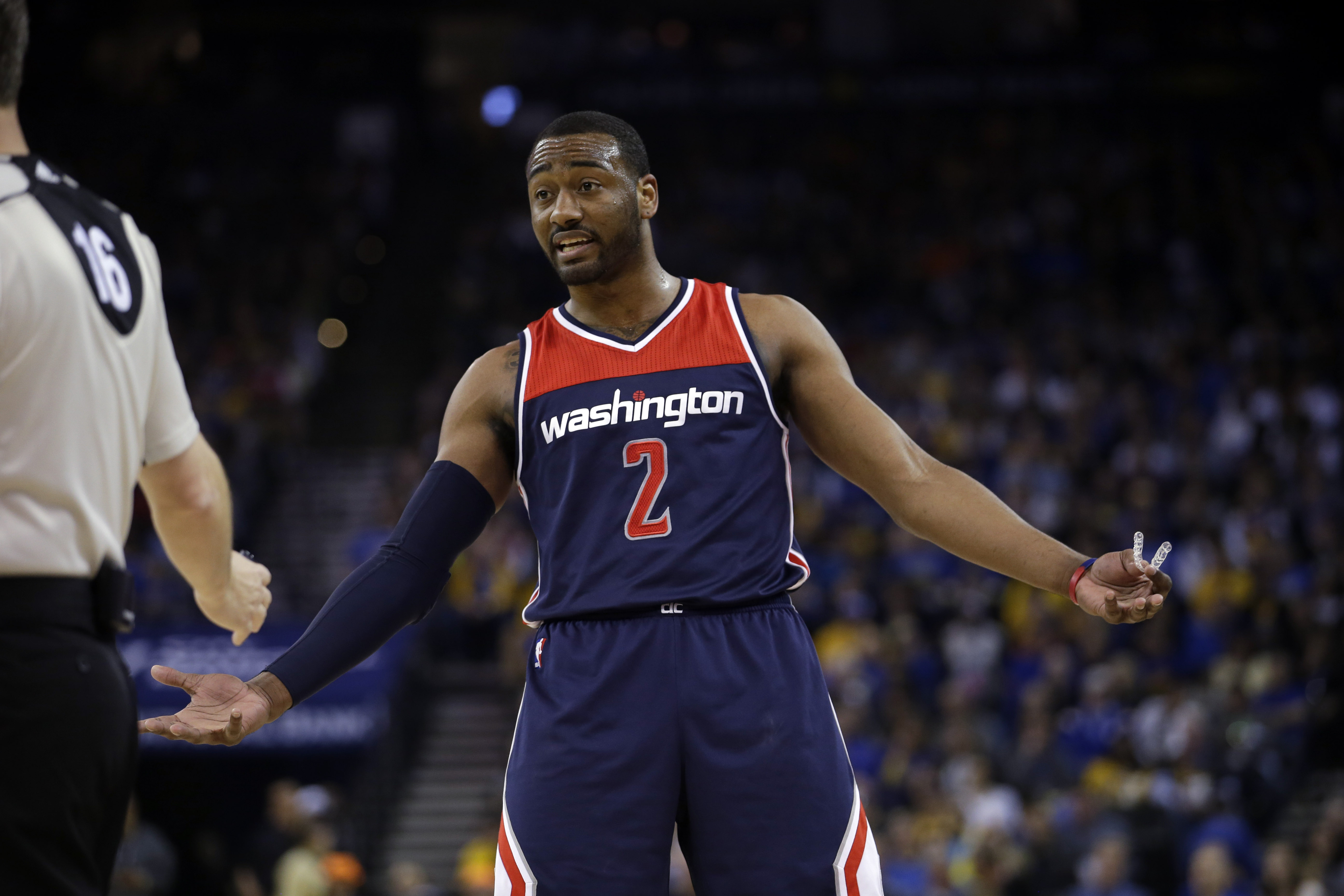 Wizards John Wall undergoes knee surgery