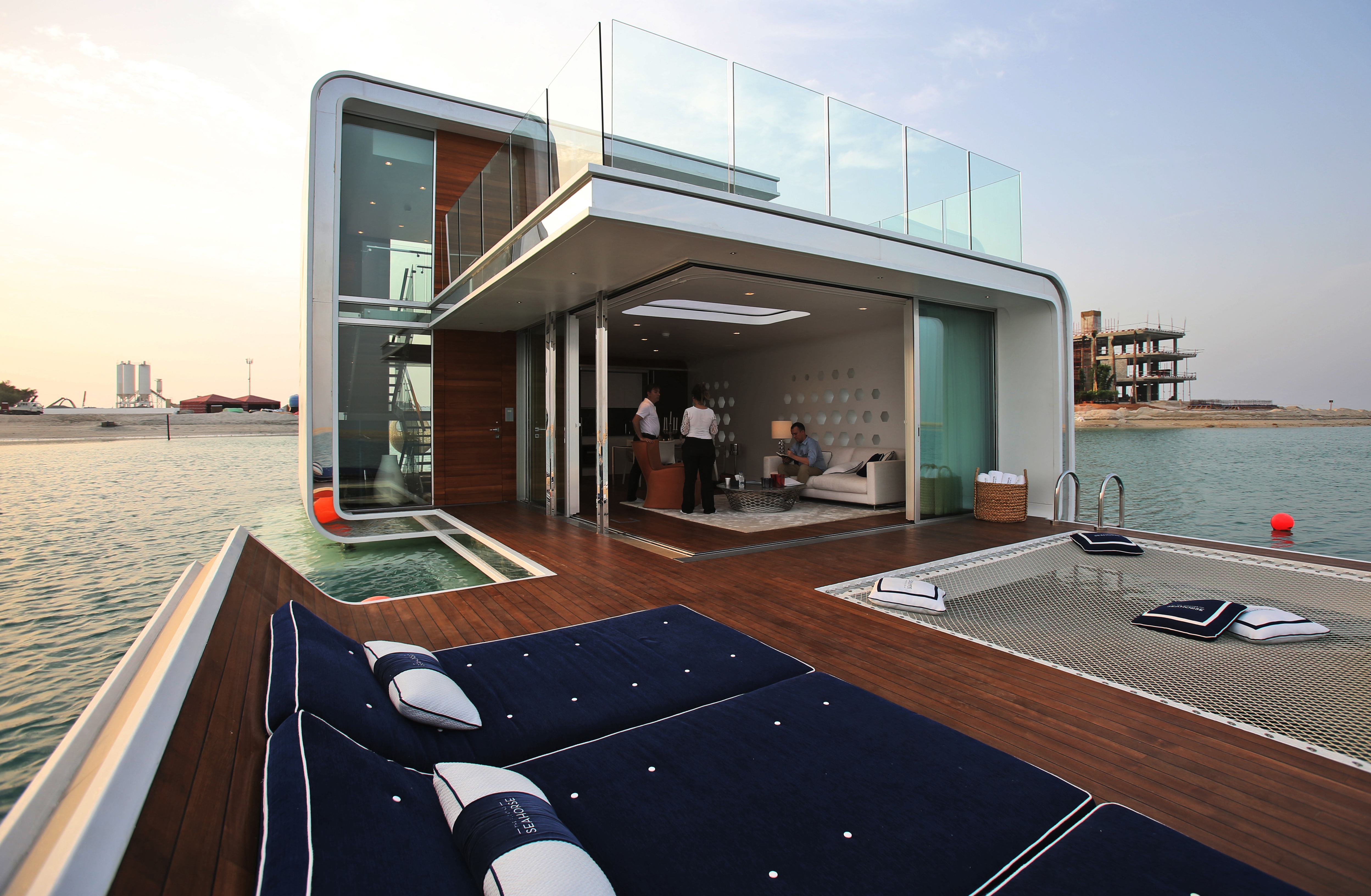 Floating home marks return to dubai 39 s man made world islands wtop - The floating homes of dubai luxury redefined ...