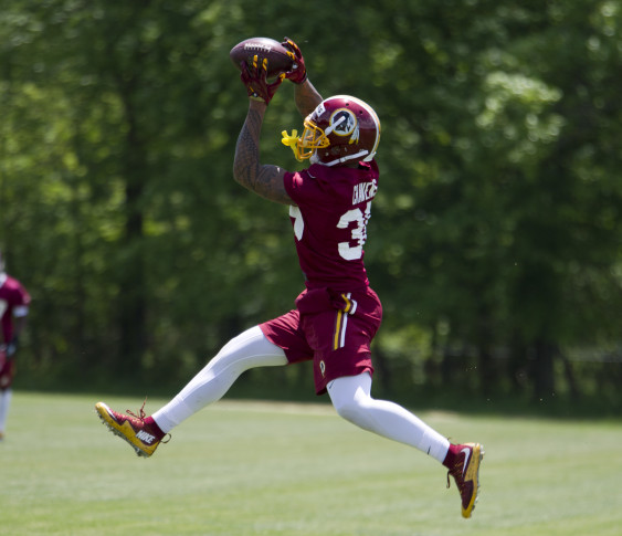 Su'a Cravens accuses Loudoun police of racial profiling after traffic stop