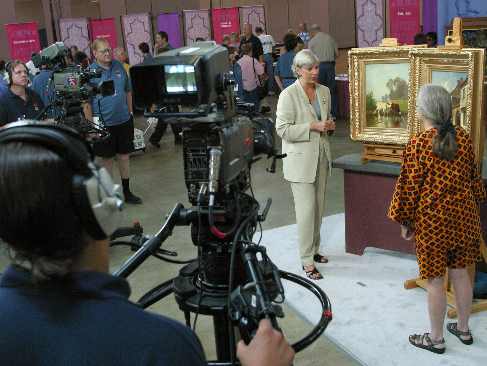 'Amazing' Sculpture on 'Antiques Roadshow' Found to Be High School Art Project