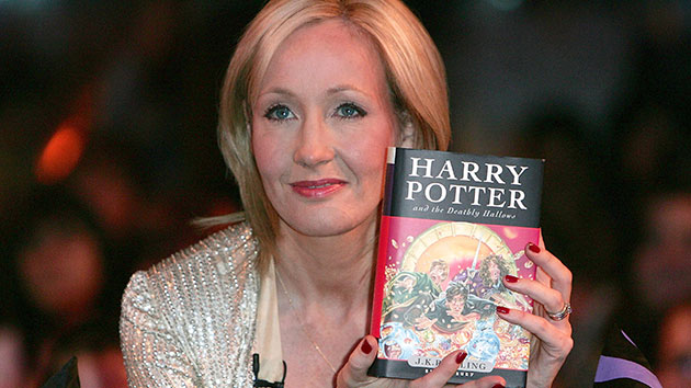 J.K. Rowling apologizes for the death of 'Harry Potter' character