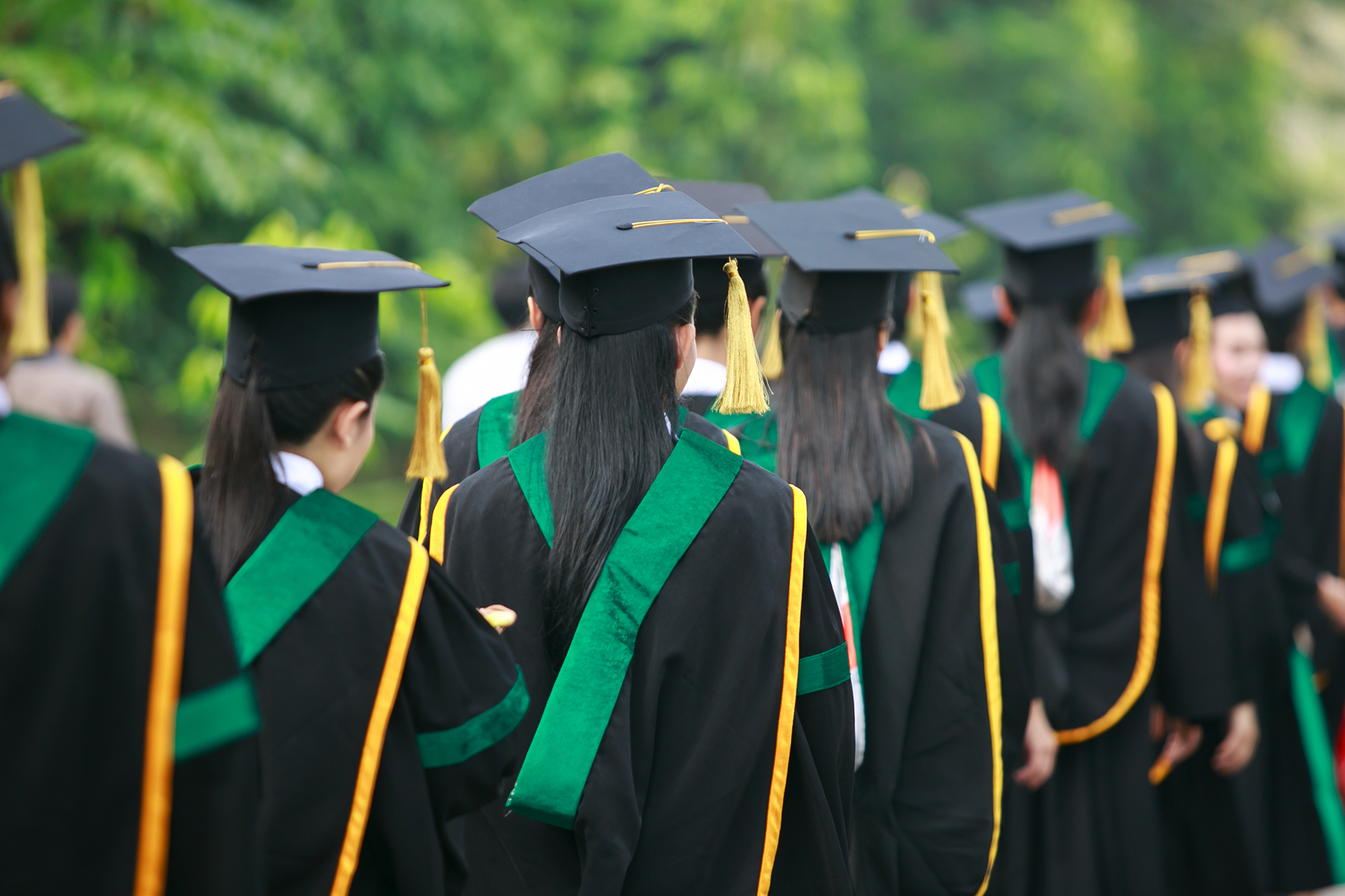 4 reasons why it's harder than ever for this year's graduates to start their careers