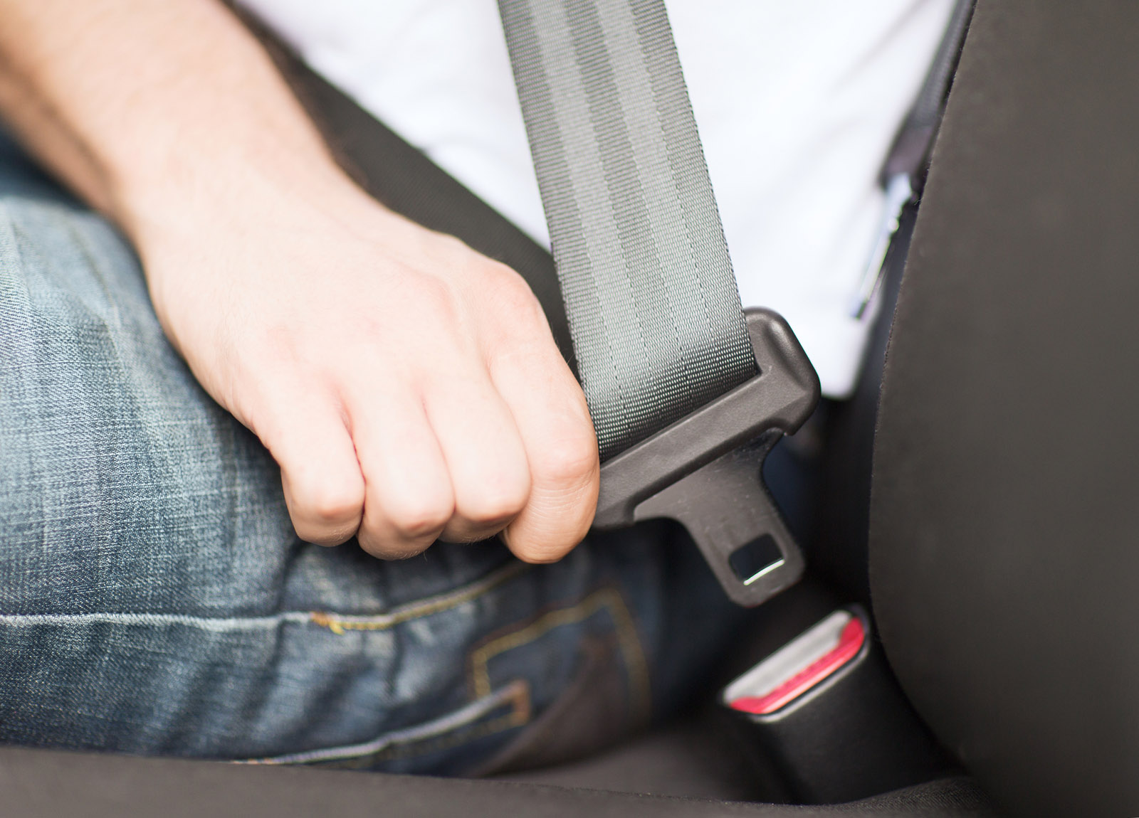 Md. survey shows passengers wear seat belts when drivers do