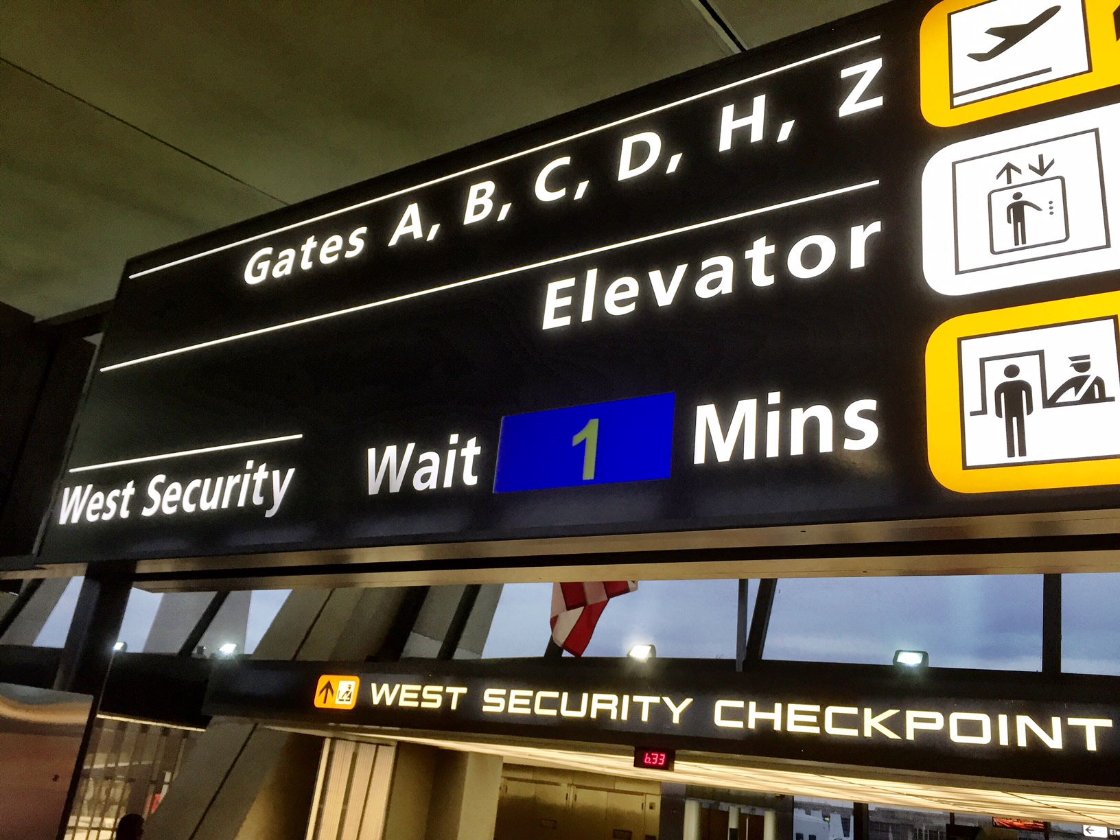 Tips to avoid (or at least endure) long airport security lines