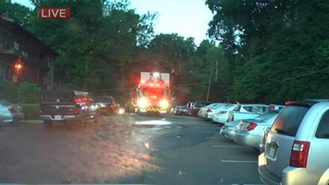Man dies in Fairfax apartment fire
