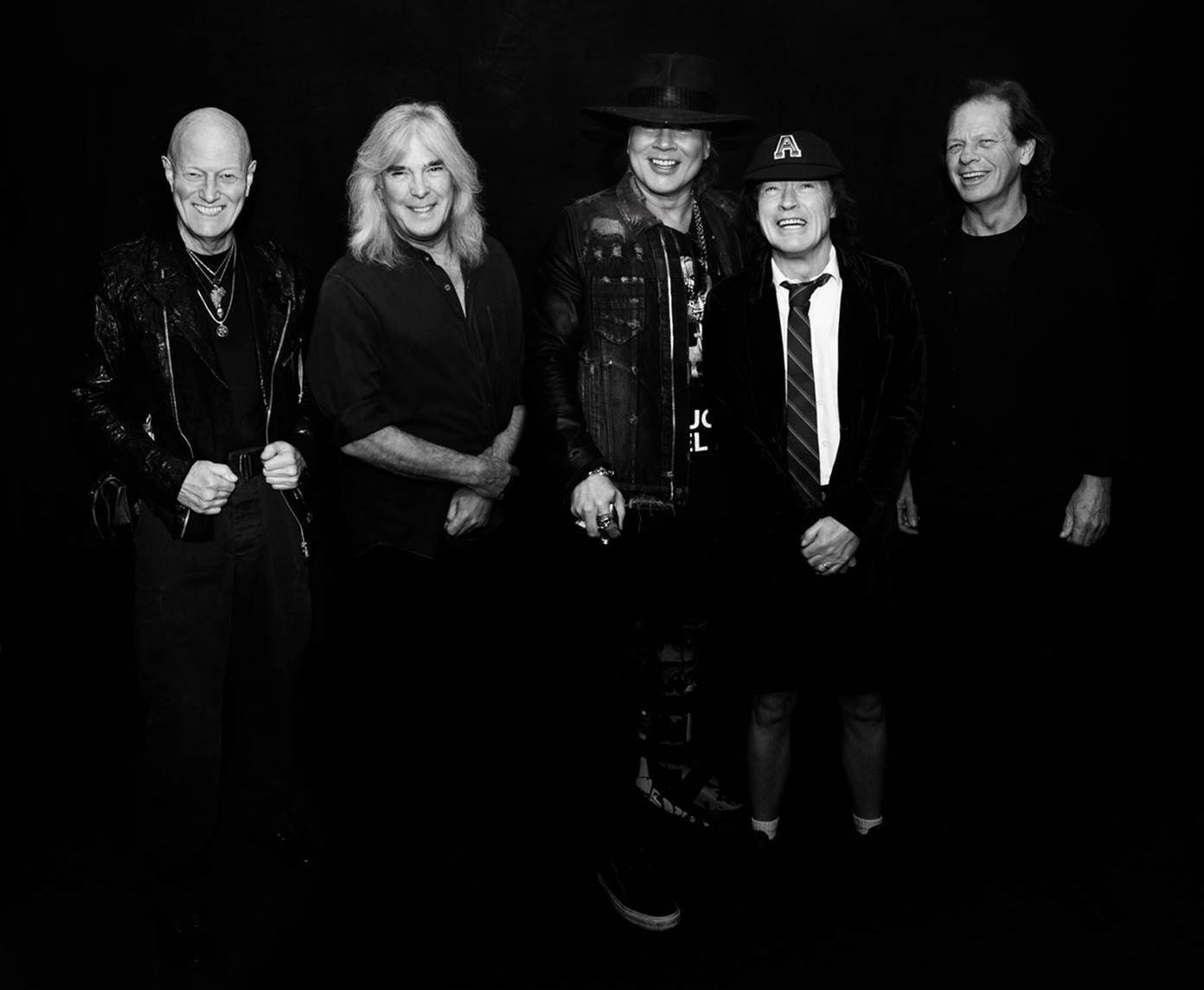 AC/DC returns to DC in September with Axl Rose