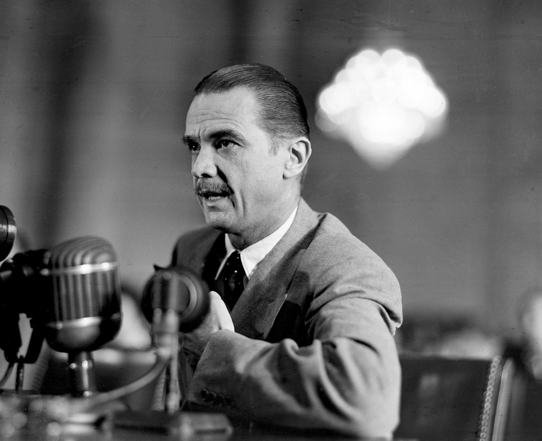 Howard Hughes speaks before the U.S. Senate war investigations sub-committee in Washington, D.C., Aug. 7, 1947.  (AP Photo)