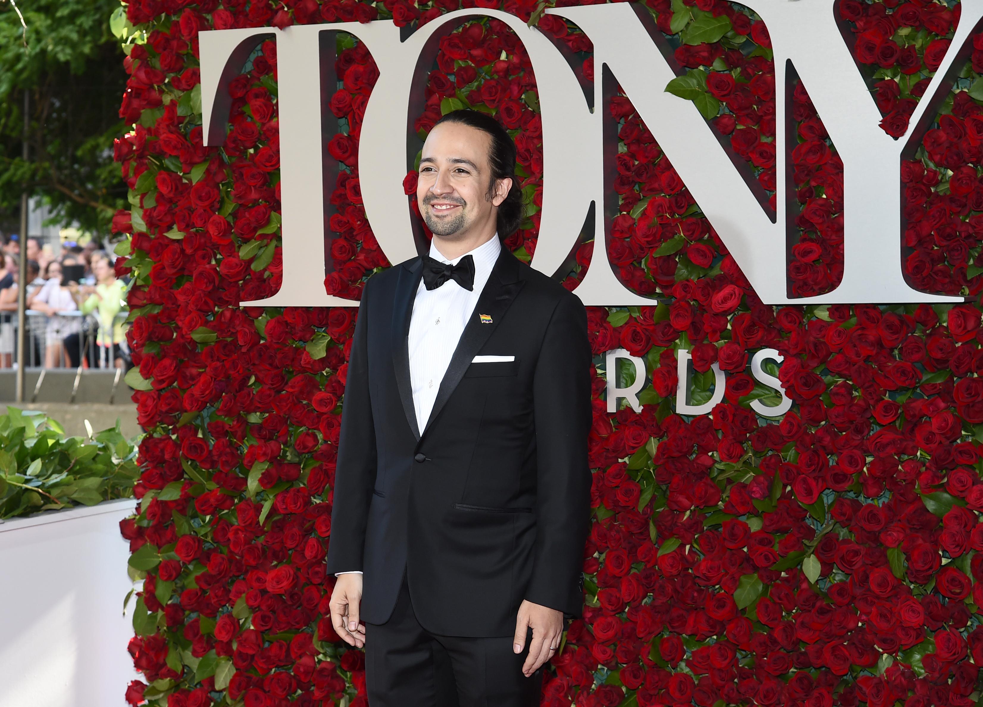 'Hamilton' sweeps Tonys as Broadway mourns Orlando