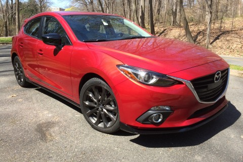 2016 Mazda 3 Grand Touring: A hatchback that's fun to drive