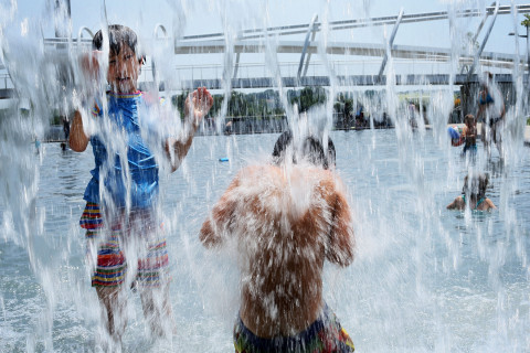 Splash parks, water parks, pools: 26 places to cool off this summer