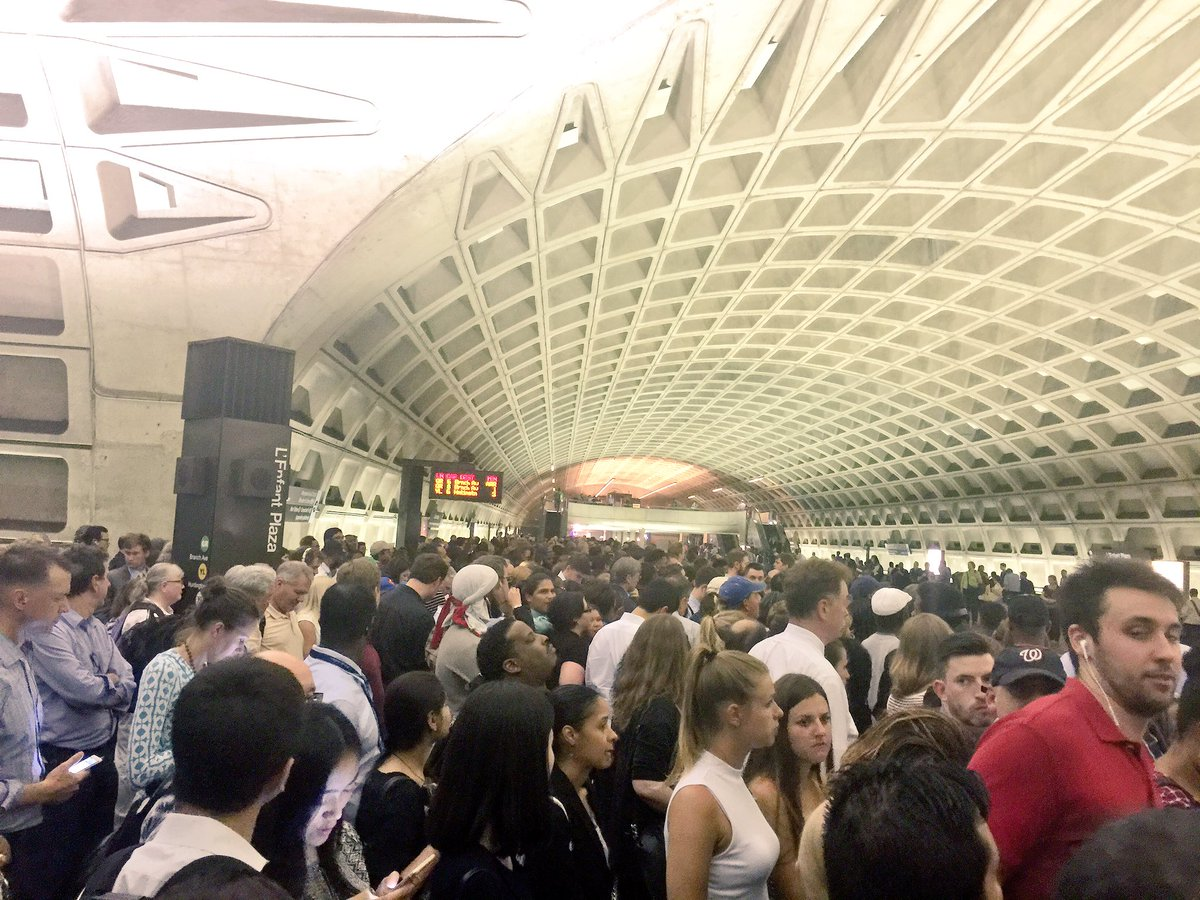 Rail riders crowd the platform at the L'Enfant Plaza Metro station, where the evening commute was plagued by major delays.  (Courtesy Spencer Brown via Twitter)