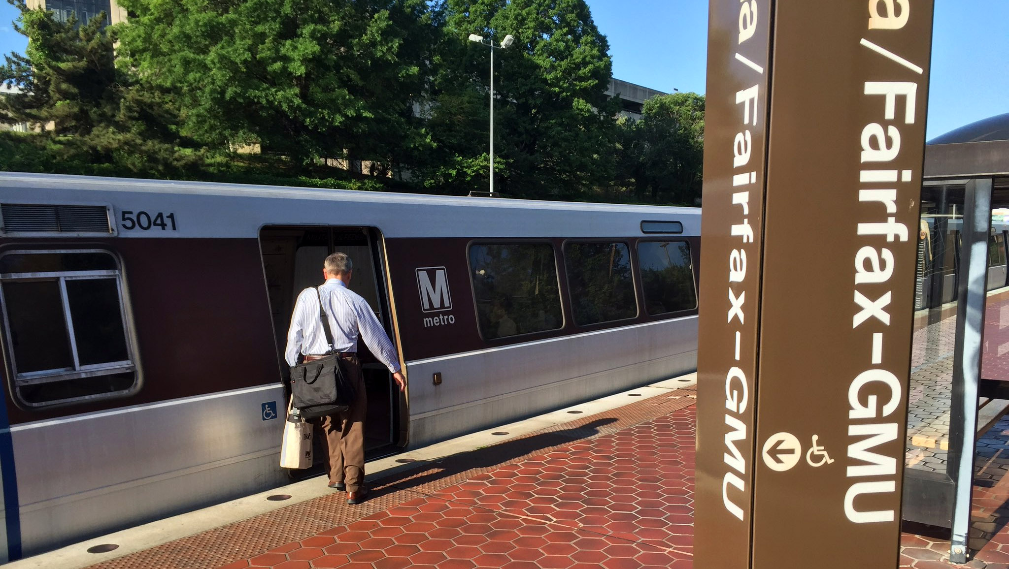 Fairfax Co. board debates role in Metro transformation