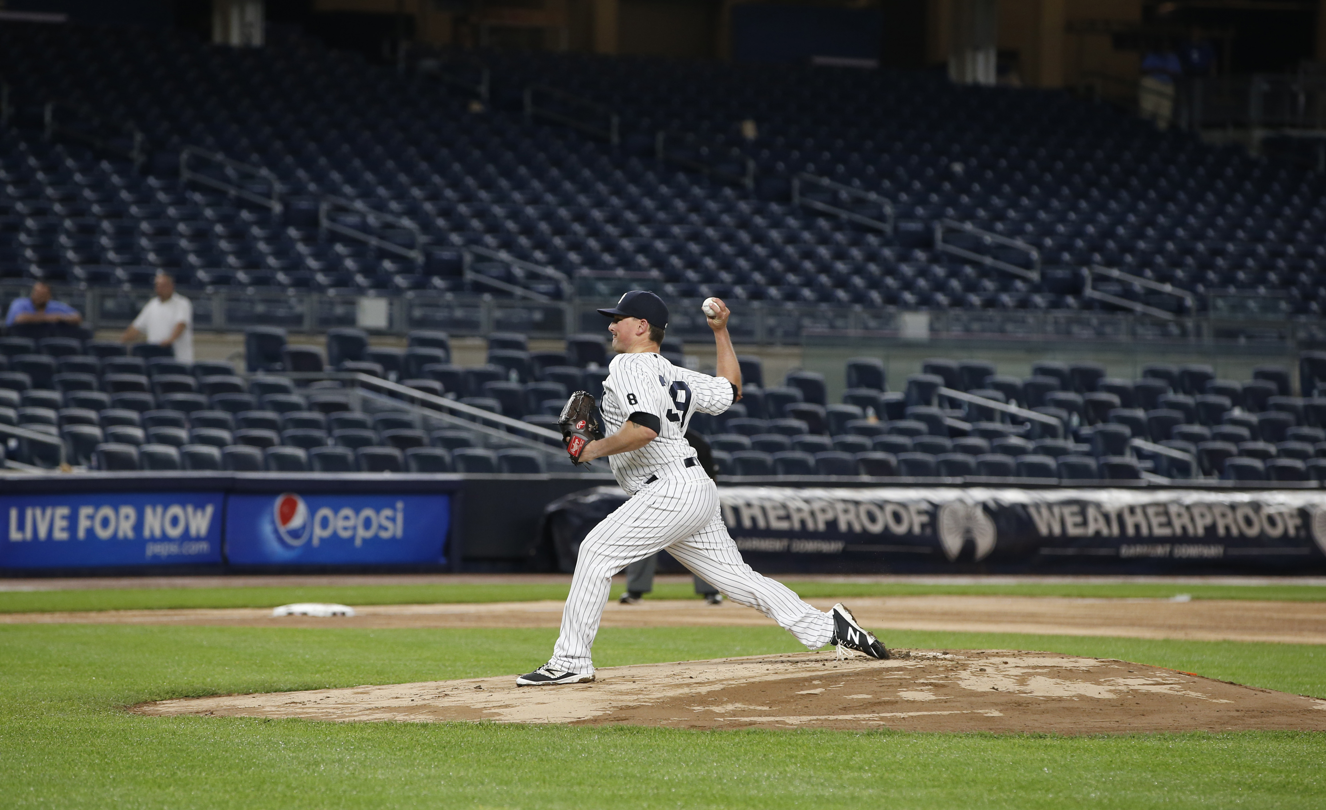 Rainy game ends at 2 44 a m Yankees lose to Rangers in 9th