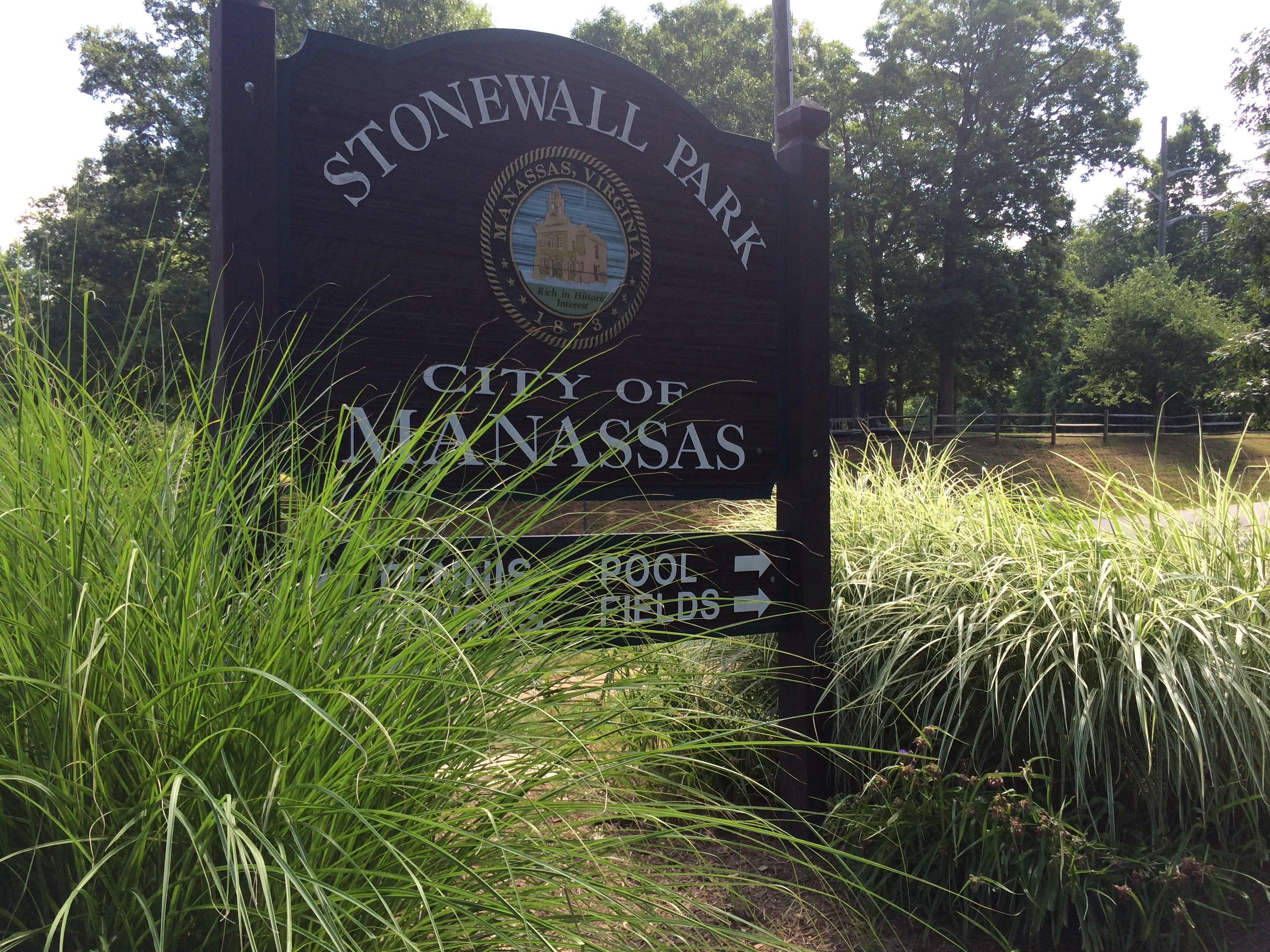 police say man tried to abduct woman in a manassas park