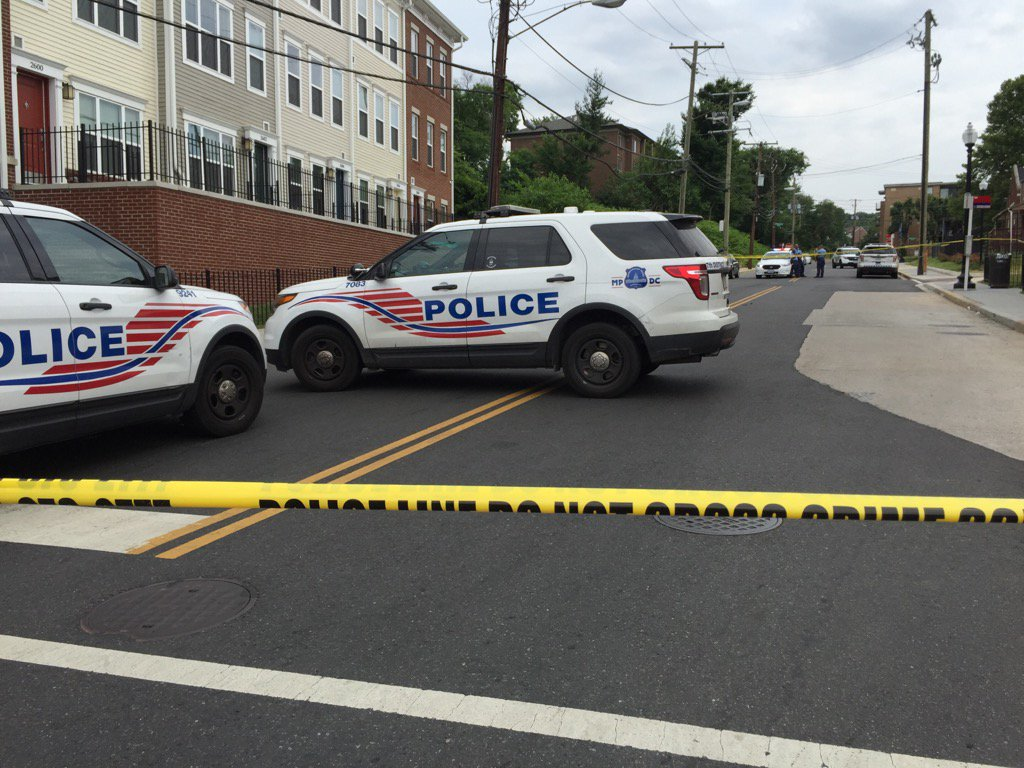 Boy shot in Southeast DC; police investigate nearby building shot