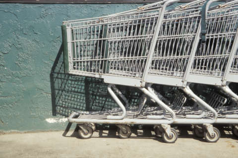 Bill would require Northern Va. stores to collect abandoned shopping carts