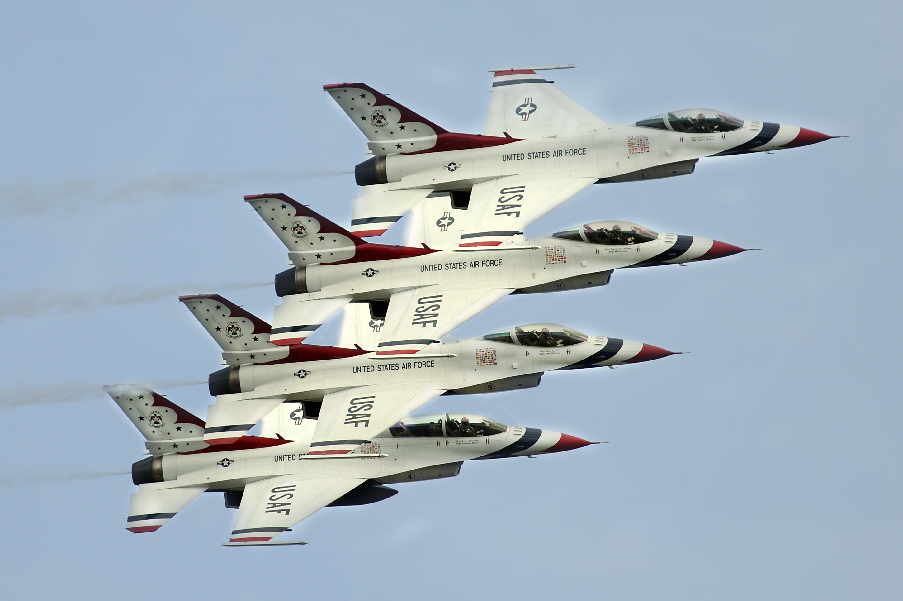Air Force Thunderbirds flying in for Ocean City Air Show