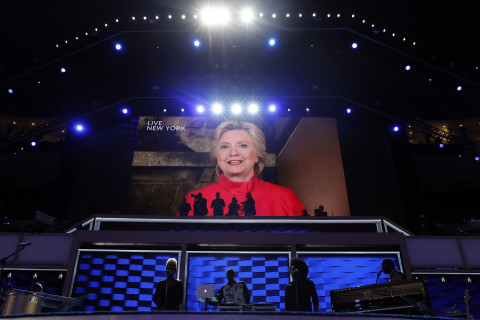 What local Dems hope Clinton says: Keep it upbeat and focus on the economy