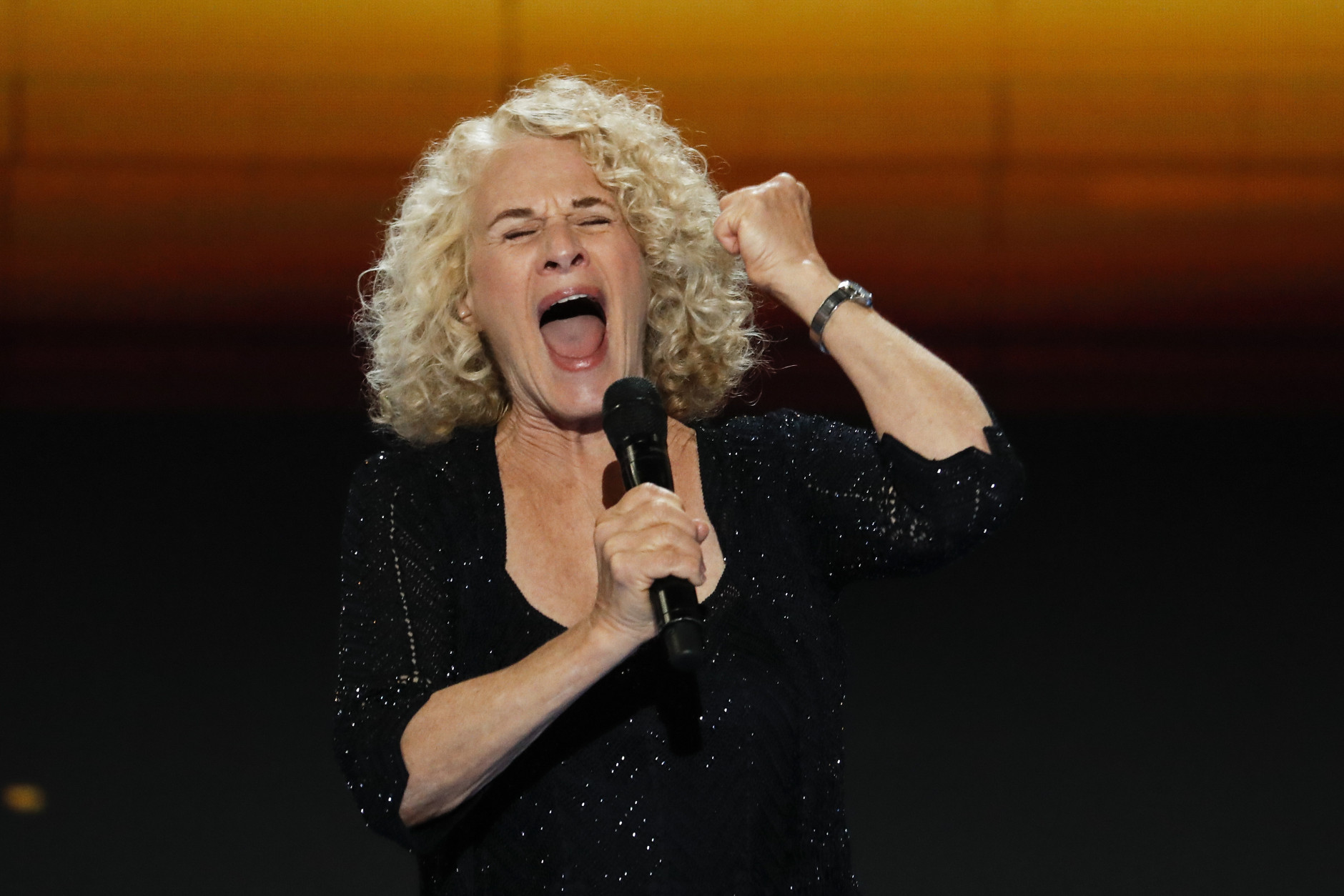 Singer Carole King performs during the final day of the Democratic National Convention in Philadelphia , Thursday, July 28, 2016. (AP Photo/J. Scott Applewhite)
